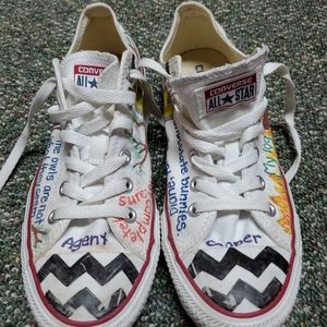 Converse All Star AUTHENTIC Size 7